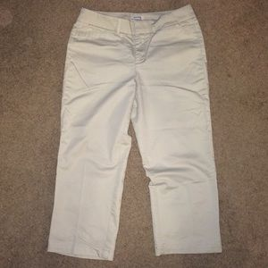 Ladies Dockers Metro Capri